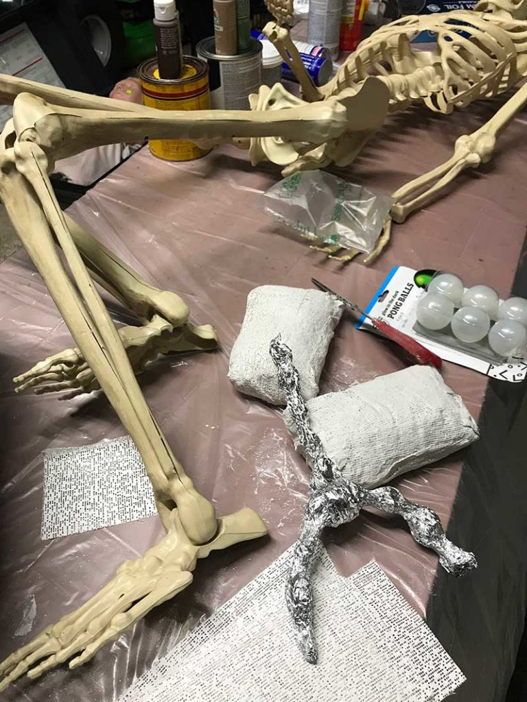 Corpsing a skeleton > Plaster casting lungs