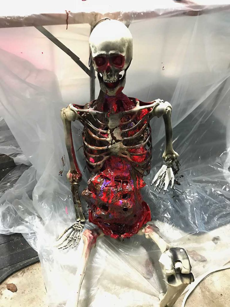 Corpsing a skeleton > Drying guts